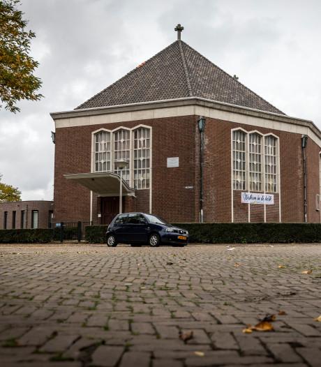 Prijskaartje klokketoren is Pinkstergemeente Eindhoven te gortig