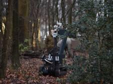 Vuurwapens verstopt onder de grond gevonden in Park Transwijk in Utrecht