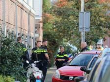Verwarde vrouw 'dreigt woning op te blazen' in Vlierboomstraat, politie ontruimt woningen