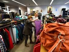 Klanten Wijkse kringloopwinkel verontwaardigd over prijzen: 'Nieuw is goedkoper'