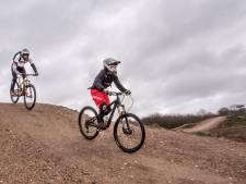 Omwonenden maken zich zorgen om bikeparadijs Mookse Zandberg: 'Ik hou mijn hart vast'