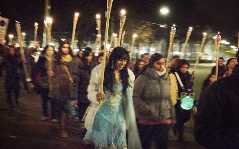 Het Hindoestaanse lichtjesfeest Divali, hier op archiefbeeld in Den Haag. Beeld Martijn Beekman