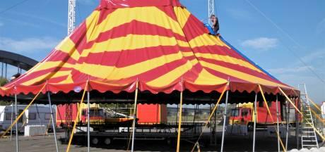 Er moesten betonblokken aan te pas komen, maar het circus staat uiteindelijk toch in Culemborg