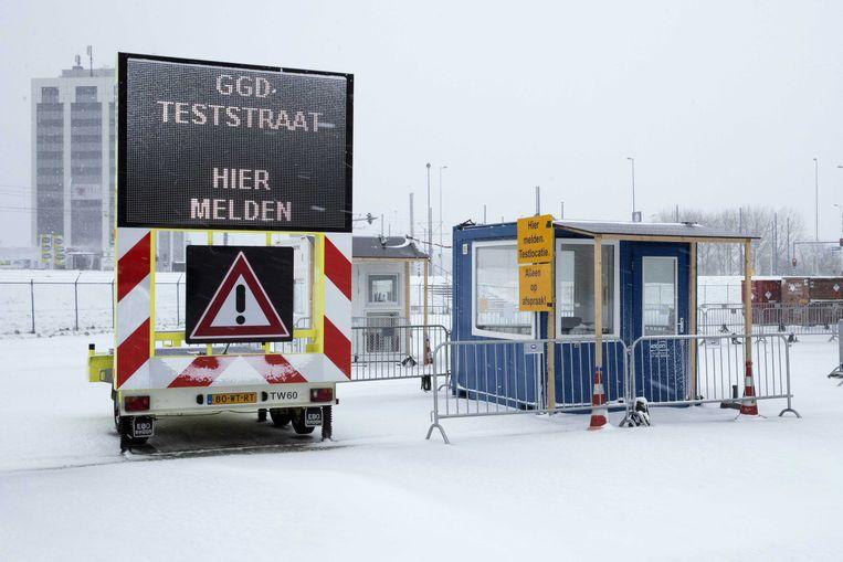 7 februari: een gesloten teststraat in Rotterdam. Beeld EPA