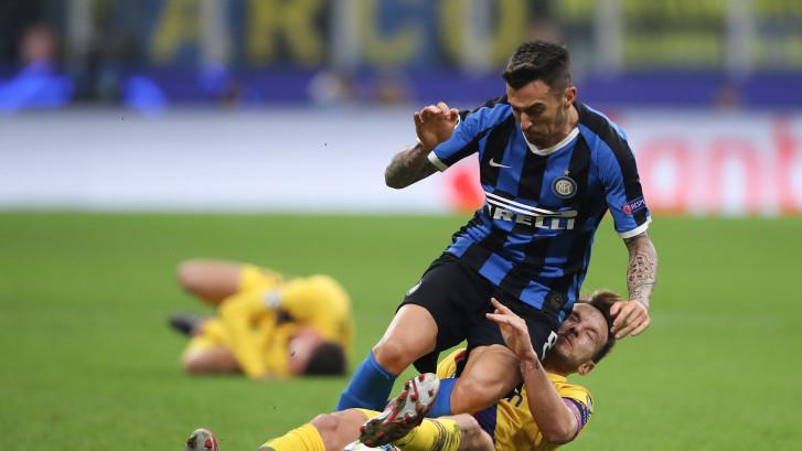 Groepswinnaar Barça maakt eind aan hoop Inter