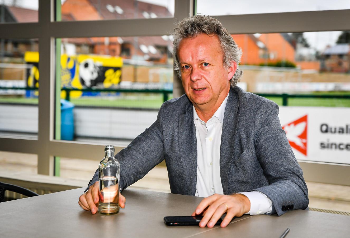 Voorzitter van STVV David Meekers