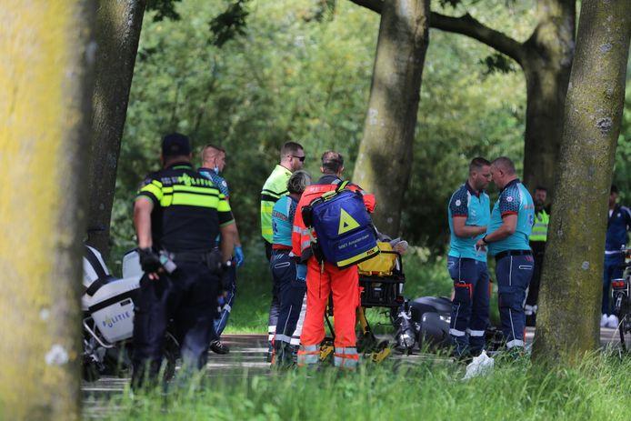 Op de Broekwegkade in Zoetermeer vond de aanrijding tussen een scooterrijder en een fietser plaats.