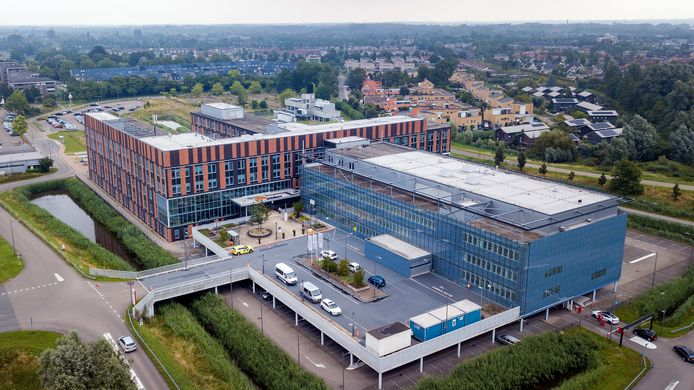 Gelre ziekenhuizen in Zutphen. Voorlopig kunnen zwangere vrouwen hier niet terecht in de verloskamers.