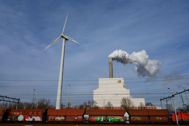 Kolengestookte energiecentrale Hemweg in Amsterdam.   Beeld Hollandse Hoogte / Co de Kruijf