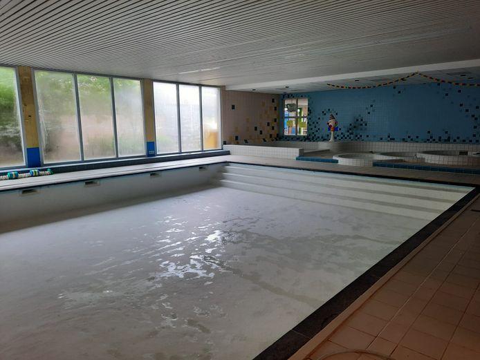 Momenteel is het zwembad gesloten voor de jaarlijkse onderhoudswerken.