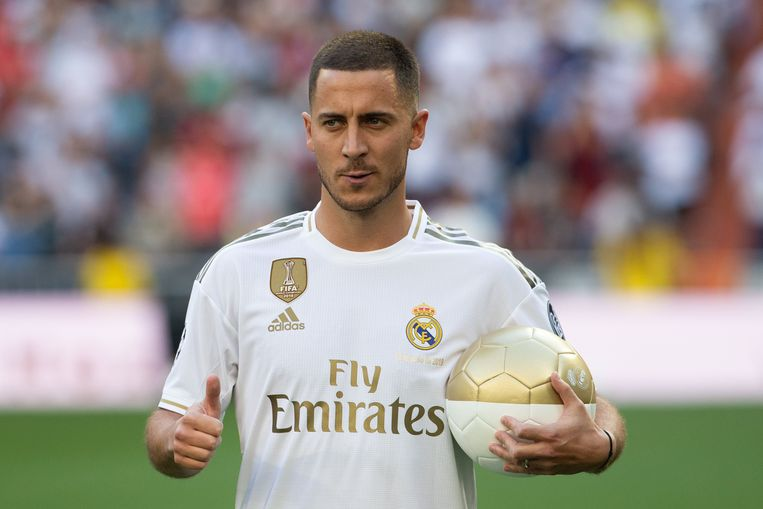 Eden Hazard in het shirt van Real Madrid. Beeld Photo News