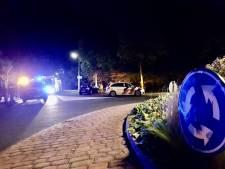 Auto tegen boom in Tubbergen: twee personen gewond