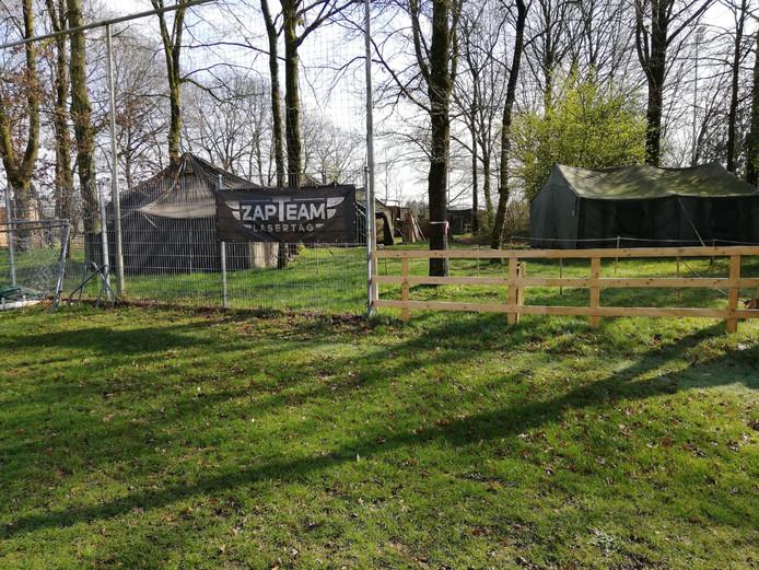Het trainingsveldje van Wodanseck is een terrein met hindernissen geworden.