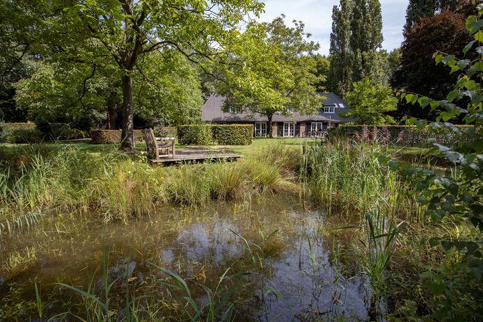 Woonboerderij aan de Houterdsedijk in Schijndel.