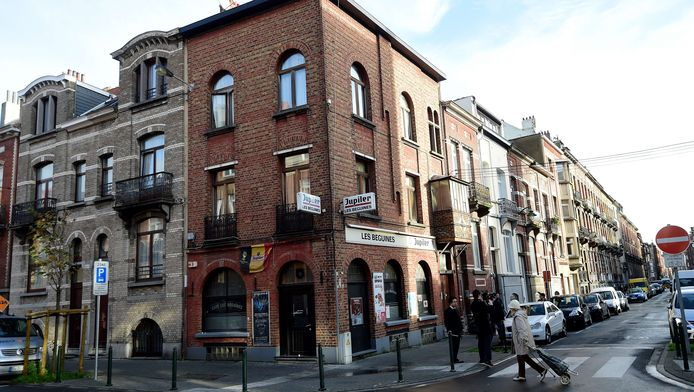 Bar 'Les Beguines' in Molenbeek werd uitgebaat door Ibrahim Abdeslam, de man die zich op 13 november opblies in Parijs.