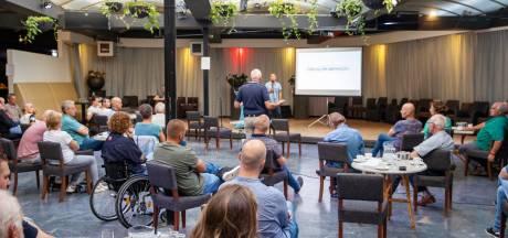 Emotionele avond over megakoeienbedrijf Heusden: 'Als je dit doet, ben je voor mij geen Heusdenaar'