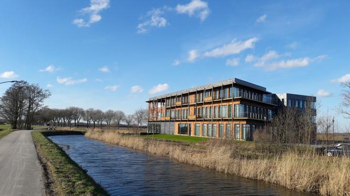 Het kantoor van Rabobank Altena is vanaf 2019 het gemeentehuis van Altena, zo is het voorstel.