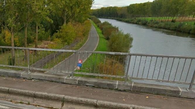 Vlaamse Waterweg herstelt wegdek van jaagpad langs Boven-Schelde tussen Zingem en Asper