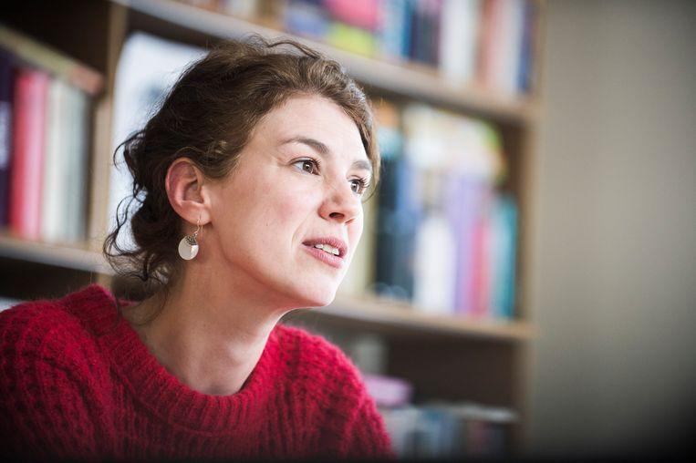Brigitte Herremans nam de prijs in ontvangst in het nabijgelegen Predikheren, de Mechelse bibliotheek. Beeld Karel Duerinckx