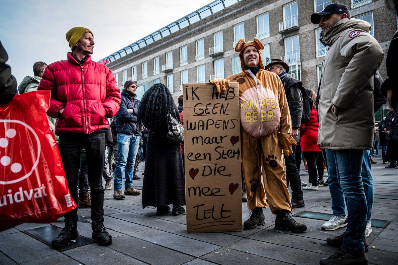 Beeld van de demonstratie zondag in Eindhoven.