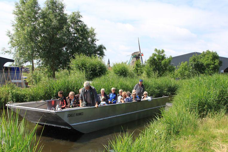 Het Zaans museum organiseert een vaartocht door de Kalverpolder. Beeld