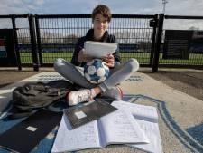 Profcarrière en studie econometrie: Alex Smeins doet het beide, voor zijn overleden vader