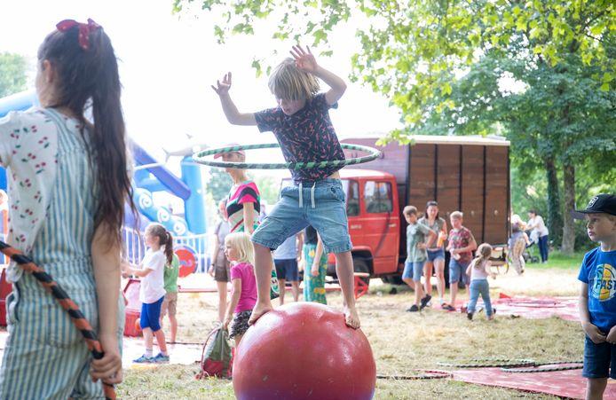 Op het grasveld naast het WICC-hotel is zaterdag het vierde Kinderfestival Wageningen gehouden.