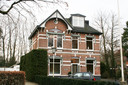 Burgemeester Tutein Noltheniuslaan 21: een voorbeeld van een villa die momenteel geen monumentale status heeft.