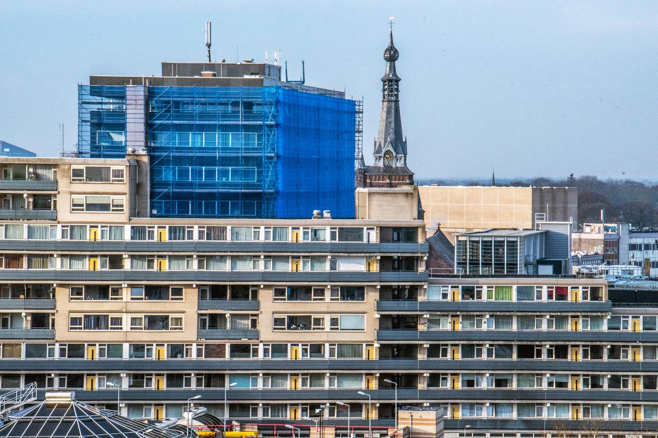 sk1 stadskantoor van zwarte doos naar blauwe doos tilburg