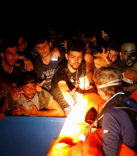 Hulporganisatie: Meer dan 700 migranten gered op Middellandse Zee