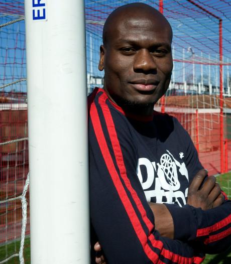 N'Kufo blij met aanstaande promotie Twente: 'De fans verdienen dit'