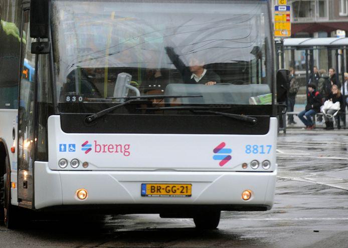 Een bus van vervoersbedrijf Breng op archiefbeeld.
