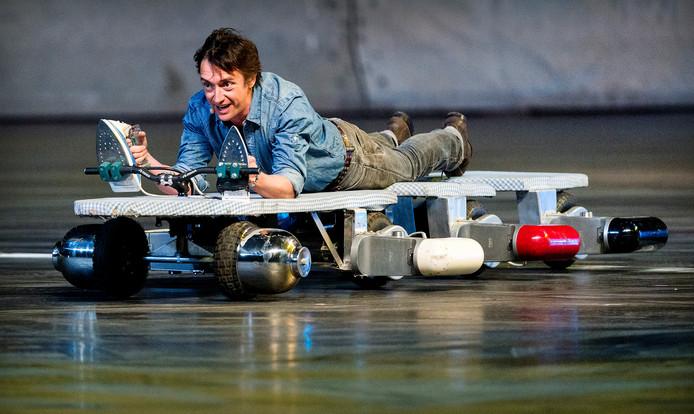 Richard Hammond tijdens de repetitie van Top Gear Live in de Ziggo Dome.