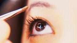 Studie bewijst dat dit eenvoudig make-uptrucje je jonger doet lijken
