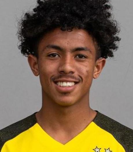 PSV geeft aanvaller 'Tassie' Matthews (18) via stage een kans