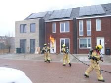 Klusjesman raakt gewond bij heftige brand in nieuwe woning