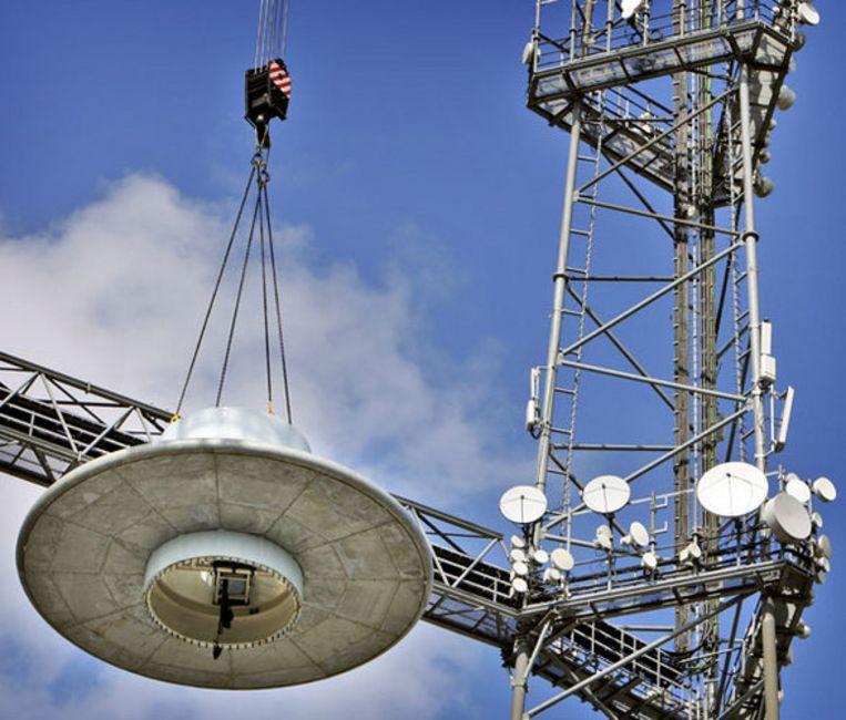 'Met de overdracht van de masten aan TDF wordt de ene monopolist ingeruild door de andere,'' zegt directeur Robert-Jan van der Hoeven van Broadcast Partners. Foto ANP/Koen van Weel Beeld