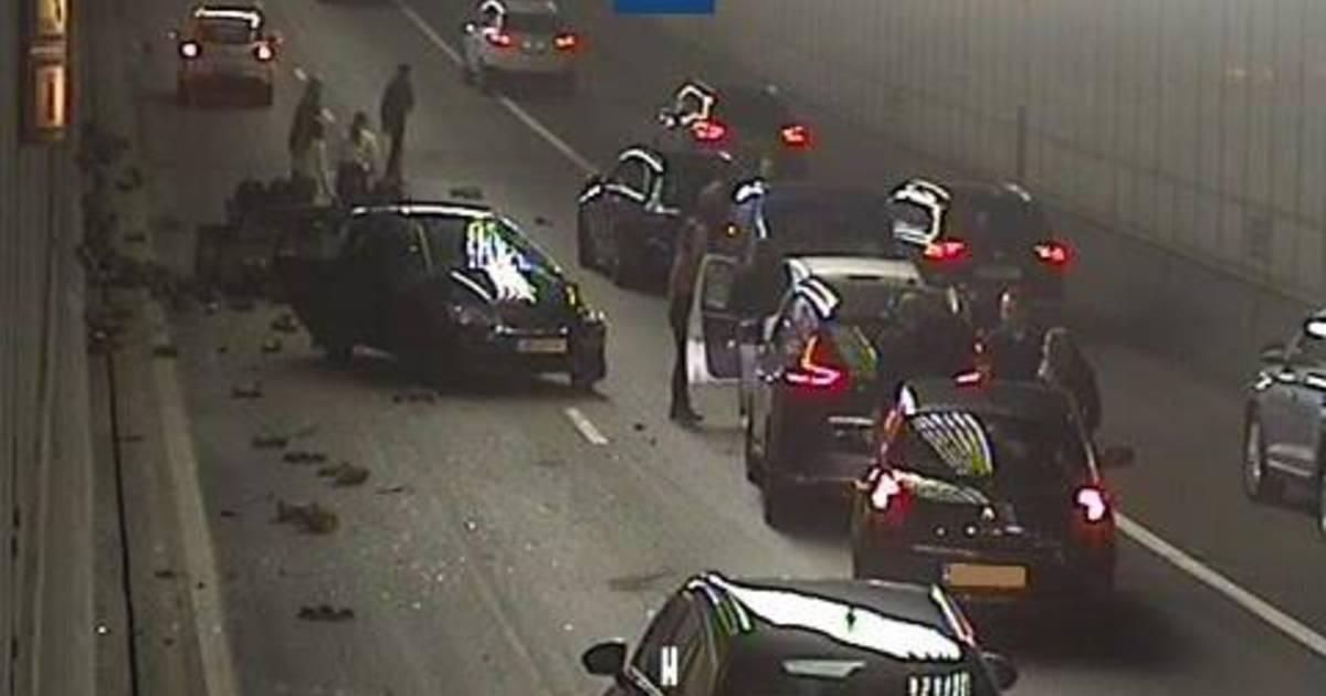 Vlaketunnel richting Vlissingen dicht na ongeluk.