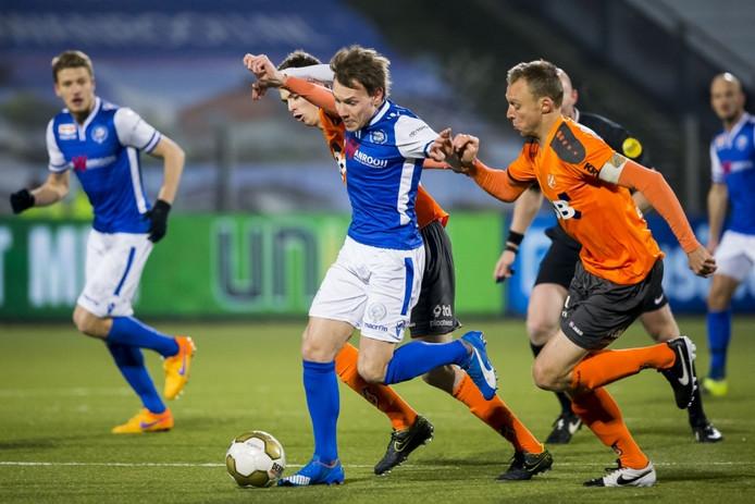 Joey Belterman, hier aan de bal voor FC Den Bosch tegen FC Volendam.