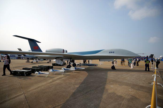 Un drone CH-6 exposé lors du Salon international de l'aviation et de l'aérospatiale de Chine, ou Airshow China, à Zhuhai, dans la province du Guangdong, en Chine, le 28 septembre 2021.