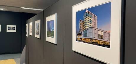 Almelose architectuur in schijnwerpers met foto-expositie in Huis van Katoen en Nu