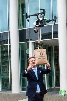 'Stroopwafelmuur in Waddinxveen? Dat kunnen wij beter!' In Gouda komen stroopwafels per drone