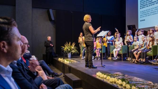 Al 150.000 bezoekers… maar kunstencentrum ArtA'A nu pas officieel geopend