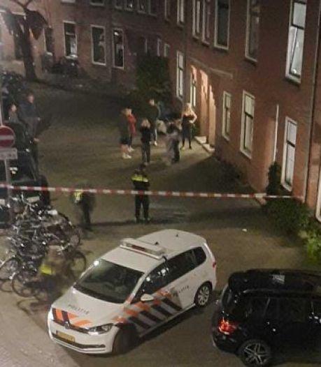 Buurt laaiend nadat onbekenden vuurwerk door de brievenbus van woning gooien: 'Een bewuste aanslag'