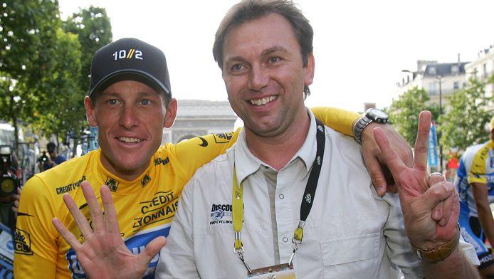 Johan Bruyneel et Lance Armstrong au soir de la septième victoire au Tour de France du Texan.