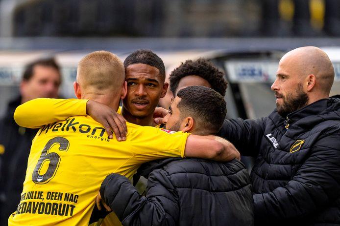 NAC Breda ten koste van FC Volendam naar halve finales play-offs.