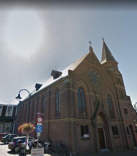 Thoolse kerken luiden klokken als steunbetuiging voor zorgmedewerkers