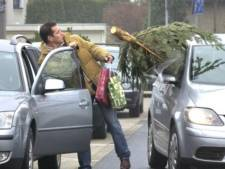 Zo vervoer je je kerstboom veilig en dit is de boete als je het verkeerd doet