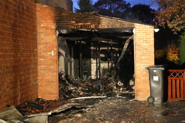 AARSCHOT-de garage waarin de brand ontstond