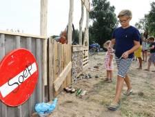 Ludiek afvalscheidingsstation op Woerkums strandje: 'Hoop nu zonder werk te zitten'
